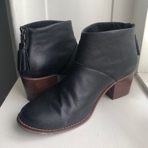 TOMS Leila bootie ankle boots
